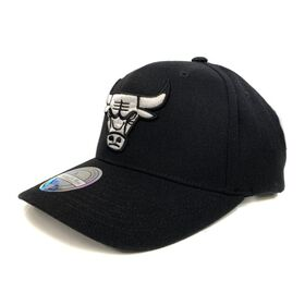 Mitchell & Ness NBA Chicago Bulls Logo 110 Snapback Basketball Cap