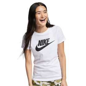 Nike Sportswear Essential Womens T-Shirt